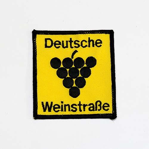 """Abzeichen """"Deutsche Weinstraße"""", groß"""